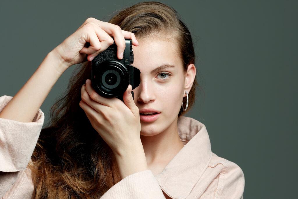 【カメラマンの派遣・手配 】どんなサービスから探すのが最適?